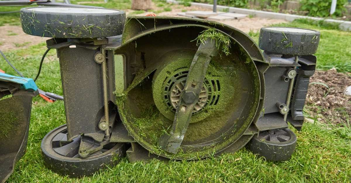 The Basics of Lawn mowing - Lawn mowing tool