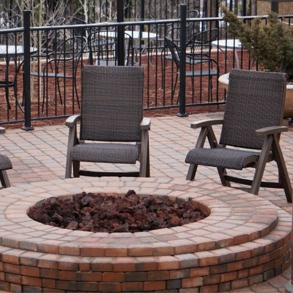 gabion fire pit - All about sustainable and organic gardening tips and tricks. 2021 - gardening,organic gardening,organic gardening magazine,organic gardening for beginners - https://organicgardeningeek.com/